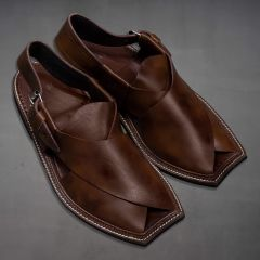 Men Kaptaan Chappal Brown side view